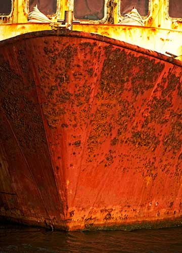 Marine corrosion at work. This boat needs cathodic protection.